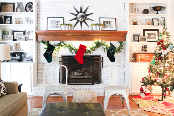 holiday-fire-safety-tips-fireplace_35ae4e988a6c1abd96685693df497aad_3x2_jpg_600x400_q85